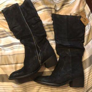 BORN black boots